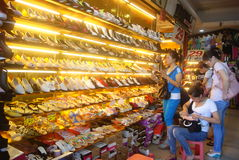 Shenzhen, China: shoe store Stock Photography