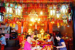 Shenzhen, China: temple to burn incense to worship Stock Photography