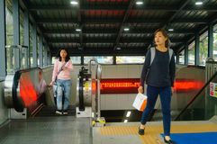 Shenzhen, China: U-Bahn-Linie 11, Baoan-Station Lizenzfreie Stockfotografie