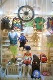 Shenzhen, China: ventana de la ropa Fotografía de archivo libre de regalías