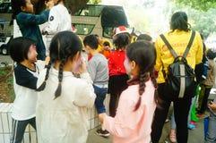 Shenzhen, Chine : petits interprètes, après l'exposition dans le repos ou le solvant Photos stock