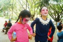 Shenzhen, Chine : petits interprètes, après l'exposition dans le repos ou le solvant Photographie stock libre de droits