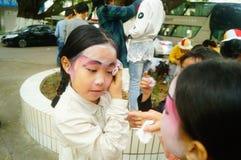 Shenzhen, Chine : petits interprètes, après l'exposition dans le repos ou le solvant Image stock