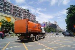 Shenzhen, chino: Tráfico de City Road Fotos de archivo