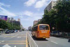 Shenzhen, chino: Tráfico de City Road Foto de archivo