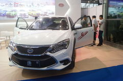 Shenzhen, Chiny: BYD nowi energetyczni pojazdy obraz royalty free