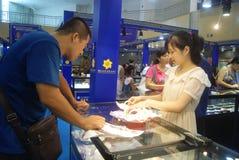 Shenzhen, Chiny: chabet biżuterii wystawy sprzedaże Fotografia Stock