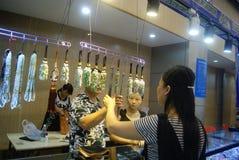 Shenzhen, Chiny: chabet biżuterii wystawy sprzedaże Zdjęcie Stock