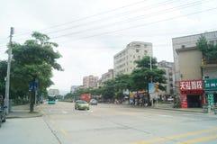 Shenzhen, Chiny: Longgang ulicy krajobraz obrazy stock