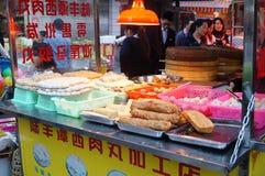 Shenzhen, Chiny: przekąska kramy Fotografia Stock