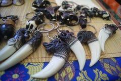 Shenzhen, Chiny: Tybetańskie biżuterii wystawy sprzedaże obraz royalty free