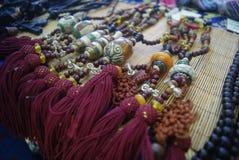 Shenzhen, Chiny: Tybetańskie biżuterii wystawy sprzedaże zdjęcia stock