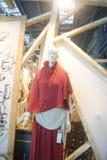 Shenzhen, Chiny: ubraniowy klingerytu model zdjęcia stock