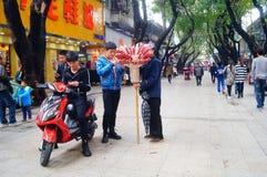 Shenzhen, Chiny: Ulicznego bubla candied owoc Zdjęcia Stock