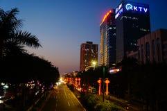 Shenzhen, Chiny: uliczny noc krajobraz Obrazy Stock