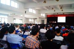 Shenzhen, Cina: Conferenza di istruzione di psicologia della scuola secondaria Fotografie Stock