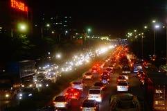 Shenzhen, Cina: il paesaggio di traffico della strada del cittadino 107 alla notte Fotografia Stock Libera da Diritti