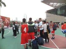 Shenzhen, Cina: Paesaggio della partita di pallacanestro del giocatore di KFC tre immagini stock