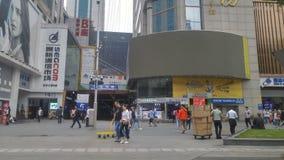 Shenzhen, Cina: paesaggio della via di elettronica di huaqiangbei immagini stock