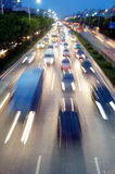 Shenzhen, Cina: Paesaggio di traffico stradale di notte 107 Fotografie Stock