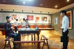 Shenzhen Kina: Äta middag landskapskulptur Royaltyfri Foto