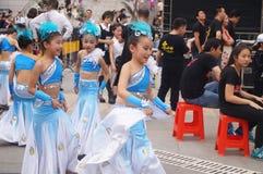 Shenzhen Kina: Barns popmusikfestival Arkivbild