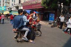 Shenzhen Kina: Gatagrändlandskap Arkivbilder