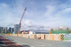 Shenzhen Kina: konstruktionsplatsen av tornkranen Royaltyfri Fotografi