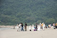 SHENZHEN KINA, 2011-11-26: Talrika kinespar i bröllop Arkivfoto