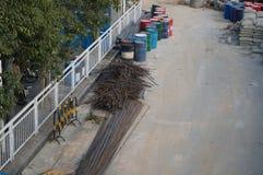 Shenzhen Kina: trottoarkonstruktion Arkivbild