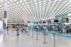 Shenzhen l'aéroport qu'international vérifient pare dedans Photos libres de droits