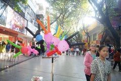 Shenzhen, porcelaine : vente du jouet de ballons Photo libre de droits