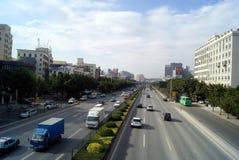 Shenzhen, porcelana: 107 drogowego ruchu drogowego krajowy krajobraz Fotografia Stock