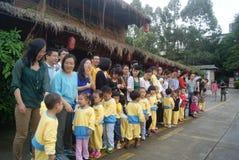 Shenzhen, porcelana: visitantes das crianças Imagem de Stock Royalty Free