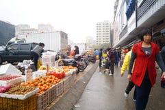 Shenzhen porslin: bondemarknad Arkivbild
