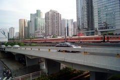 Shenzhen-Porzellan: Stadtstraßenverkehr Lizenzfreies Stockbild