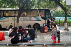 Shenzhen, Porzellan: Stadtstraßenverkehr Lizenzfreie Stockbilder