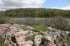 Shepard Mountain e reservatório no Condado de Iron Imagens de Stock Royalty Free
