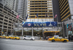 Sheraton New York begrüßt Besucher während der Woche des Super Bowl XLVIII in Manhattan Lizenzfreies Stockbild