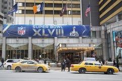 Sheraton New York begrüßt Besucher während der Woche des Super Bowl XLVIII in Manhattan Stockbild