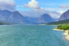 Sherburne lake in Glacier National Park Royalty Free Stock Photos