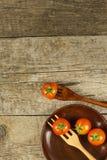 Sherry'ego pomidor na drewnianym rozwidleniu pojęcie diety Jarski jedzenie miejsce tekst Obrazy Stock