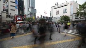 Shibuya die tijdtijdspanne kruisen stock footage
