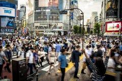 Shibuya som korsar Tokyo Arkivbilder