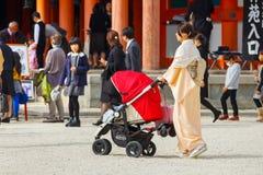 Shichi去圣;段落传统礼拜式在日本 库存图片