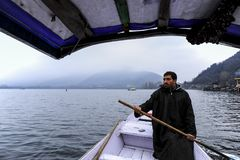 Shikara is one of the interesting activity that tourist can do in Kashmir Stock Photography