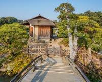 Shima-Jaya Teahouse på trädgården Koraku-en i Okayama Arkivbilder