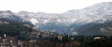 Shimla stad under snö Arkivbilder