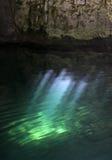 Shimmer da luz de Cenote Fotografia de Stock Royalty Free