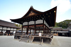Shimogamo寺庙看法在京都 图库摄影